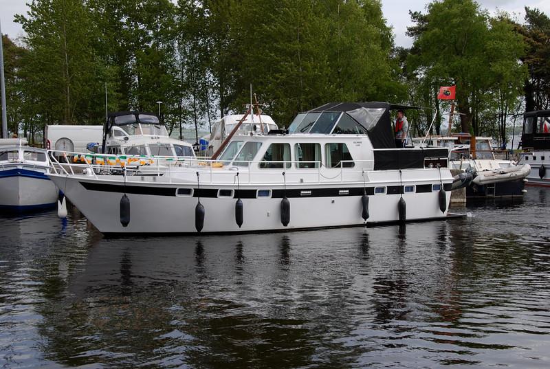 circa 14.45, Peter Mulvany brings 'Kilmore Lass' into Dromaan Harbour