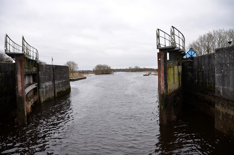 We rang ahead to Victoria Lock to let them know of our impending arrival. And the lock gate was open when we arrived.