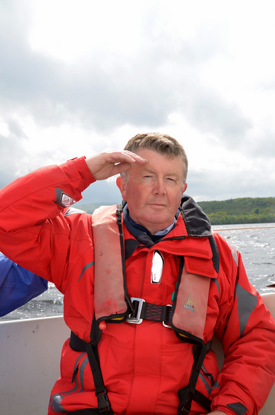 A happy skipper salutes his new crew who have risen to the occasion admirably... :-)