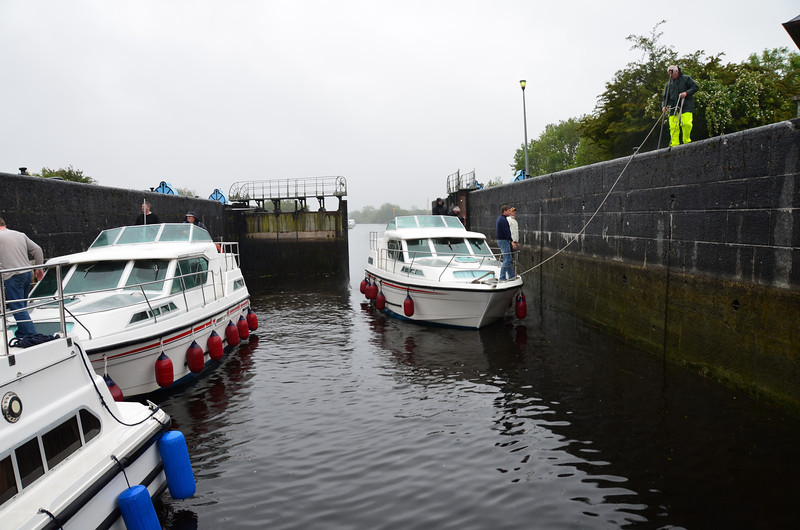 The IWAICC had arranged a special 'June on Lough Ree' CIC scheduled from 3rd June until 26th June.  Whereas some boats and crews would participate for the entire period it was expected that many would jump in and out according to their own circumstances. Arthur was in the latter camp but hoped to make it to Athlone for the first weekend. And so, on Sunday morning, 5th June, 2011, we left Portumna circa 11.15 am in the company of Cruidin who had just come through the swing bridge.  We headed for Victoria Lock and gingerly made our way into the lock via the single open gate.   The second gate was damaged and could not be opened!