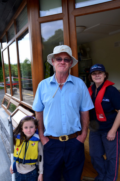 Lock-keepers Padraig & Vera Lynch with their grand-daughter.
