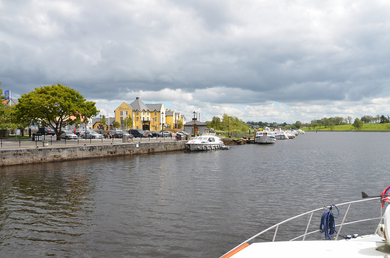 Carrick-on-Shannon. Public mooring in front of the Landmark Hotel were full! And this was Tuesday! We made a brief stop to get some provisions and then continued on our way towards Dromod.