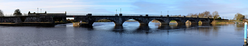 A Panorama of Banagher Bridge as viewed from Silverline jetties. Click photo to enlarge.