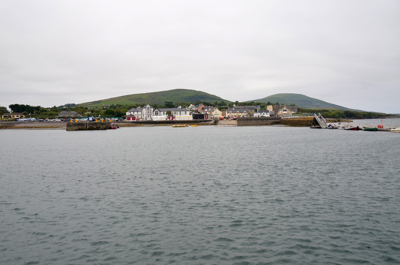 We decided to moor at Knightstown rather than go back to Cahersiveen. Knightstown is an ideal jump-off point for Bantry Bay given its close proximity to .....