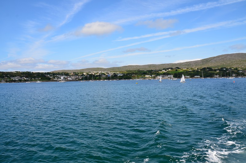 circa 12:00.... 'Arthur' departs Schull bound for Lawrence Cove via the Mizen Head. I note the little ripples in the water in the sheltered confines of Schull Harbour.
