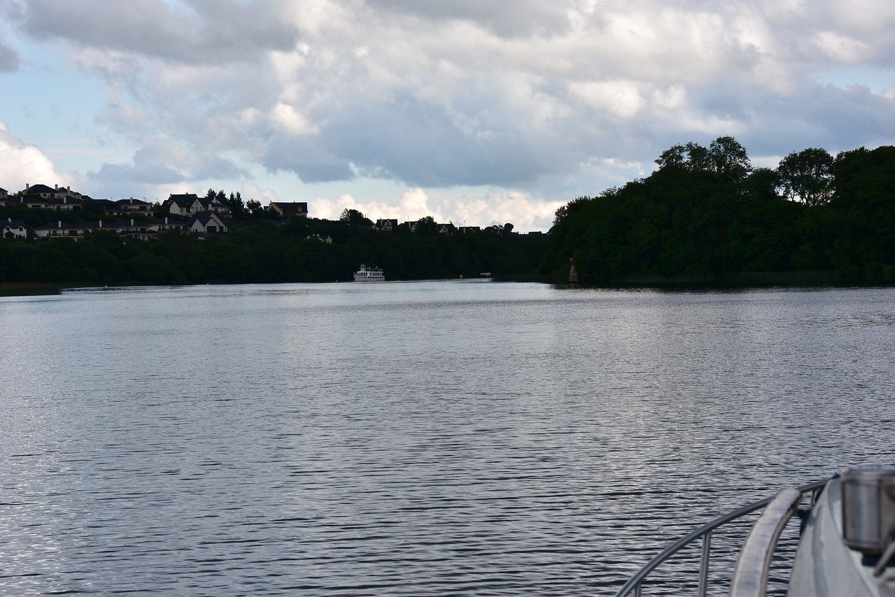Circa 18:25 and we are approaching Killaloe.  We overnight at Killaloe and expect to be there for a few days.