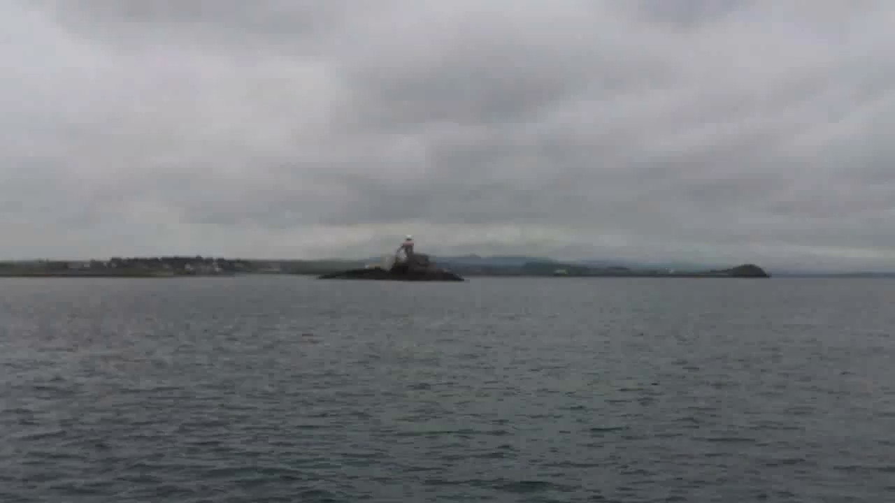 VIDEO<br /> <br /> circa 12:02... Passing Samphire Island and lighthouse.  Note the effect that the wind has on the accompanying audio.  Click the above image to view a 21 second video clip. When the video is 'Loaded' you will need to click on the 'Play' button to start the video playback.<br /> <br /> NOTE that viewing the video will cause another page to open in which the video will play. To return to the PhotoJournal click on the X at top right-hand corner of the video page OR hit the 'Back' button on your browser.