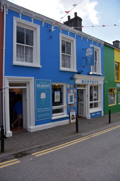 We take a stroll to the nearby town centre which is right beside the marina. And no visit to Dingle should happen without a visit to Murphy's Ice-cream shop. A must visit! The huge range of unusual flavoured ice creams offers something for everyone.