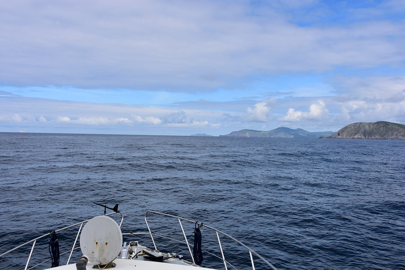 11:49... it is just over three hours since we departed Lawrence Cove Marina. Perhaps there is some time-saving in transiting Dursey Sound as opposed to going round Dursey Head.