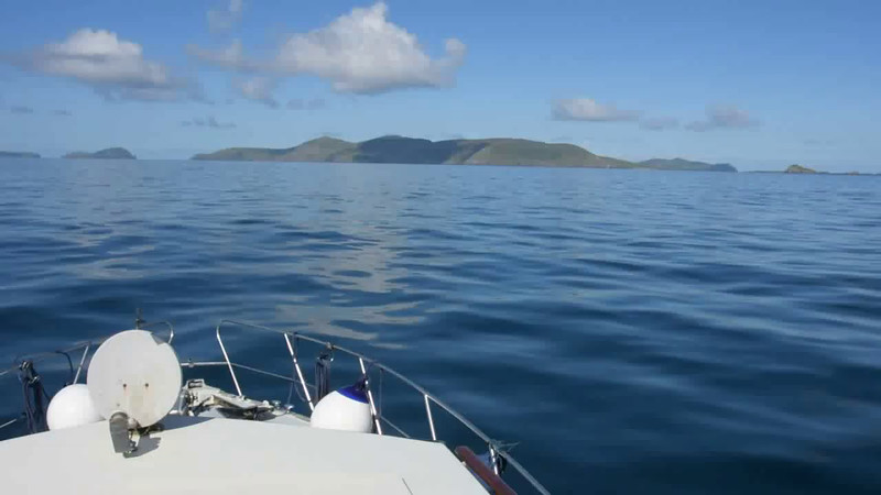 """VIDEO<br /> <br /> 10:48...click the above image to view a 19 second video clip  of """"Arthur"""" approaching the entrance to the Blasket Sound. <br /> <br /> When the video is 'Loaded' you will need to click on the 'Play' button to start the video playback.<br /> <br /> NOTE that viewing the video will cause another page to open in which the video will play. To return to the PhotoJournal click on the X at top right-hand corner of the video page  OR hit the 'Back' button on your browser."""