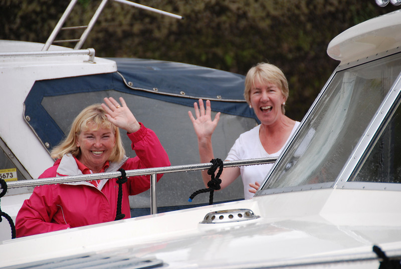Breda Ryan and Alice ward at Custom House Quay before the CIC heads to Limerick Lock.
