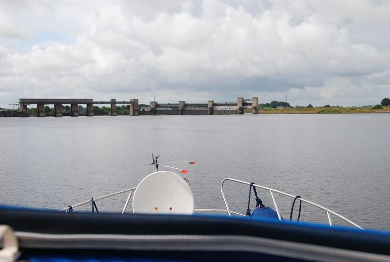 Approaching Parteen Weir en-route to Ardnacrusha.