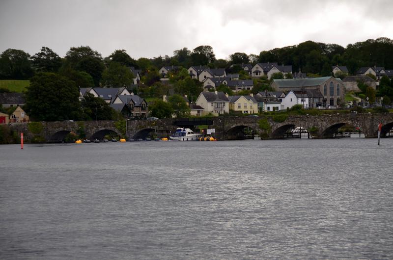 Rapport passes under the bridge at Killaloe.