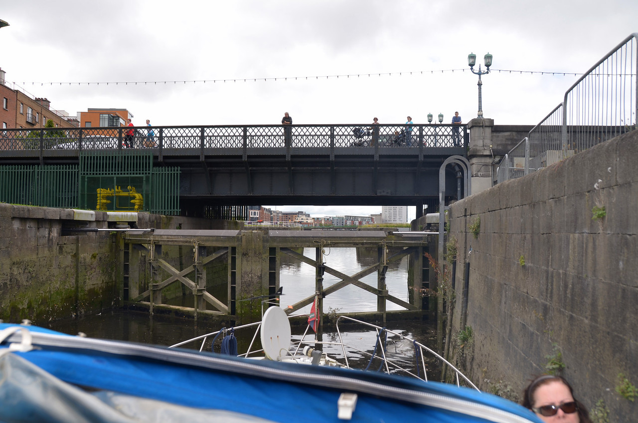 Sarsfield Lock....always attracts spectators (locals as well as tourists) whenever boats are transiting the lock.