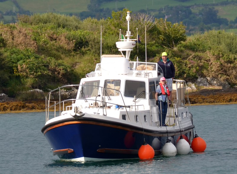 Len & Pauline return to Lawrence Cove after an overnight in Glengarriff which is a relatively short hop from Lawrence Cove Marina. A must do passage (and overnight) if you visit Bantry Bay.  And don't forget to vist Garinish Island and the gorgeous gardens.
