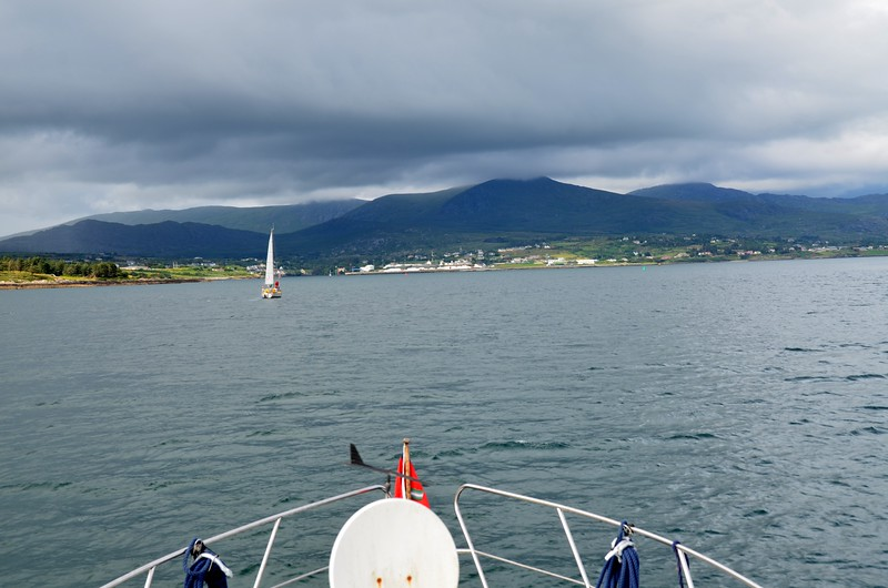 Circa 17.05. Entering Berehaven. Castletownbere in the distance. We will be turning to starboard to head for Lawrence Cove.
