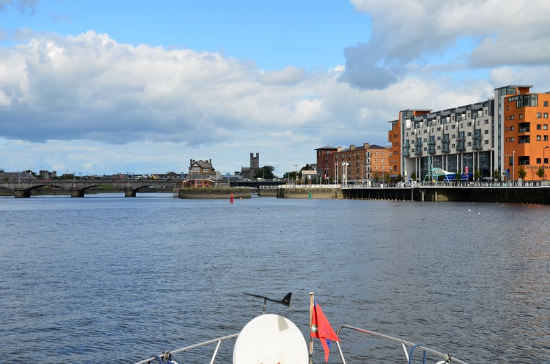 Approaching the sea-lock at Limerick. New Limerick boardwalk on right.