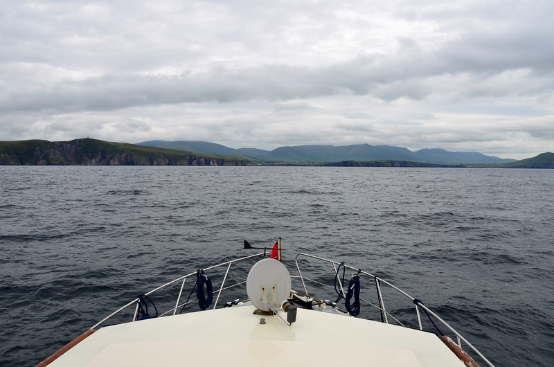 circa 13:00...approaching the entrance to Dingle Harbour. Nearly there!