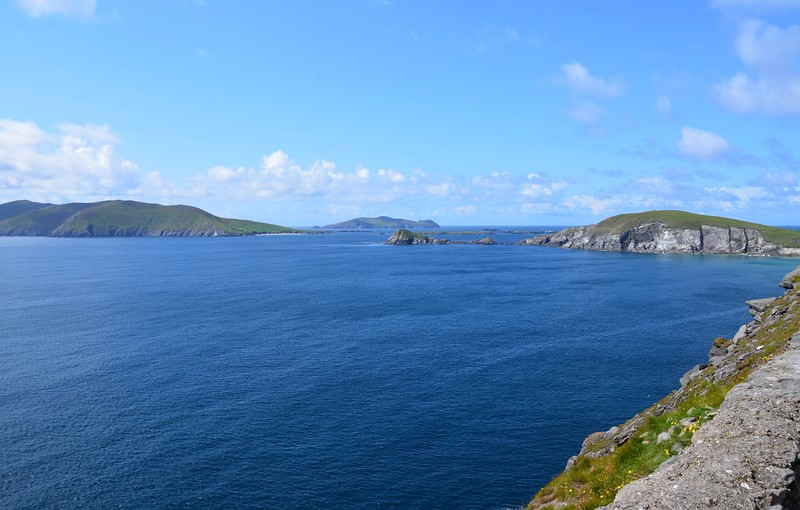 Blasket Sound as we have never seen it before...from the road!  Great Blasket on left with its sandy beach clearly visible. And, in the background, Inishtooskert in centre of photo.