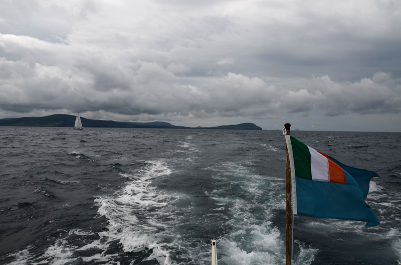 circa 12:05... wind has picked up (as forecast!) as we make the approach to Dingle Harbour.