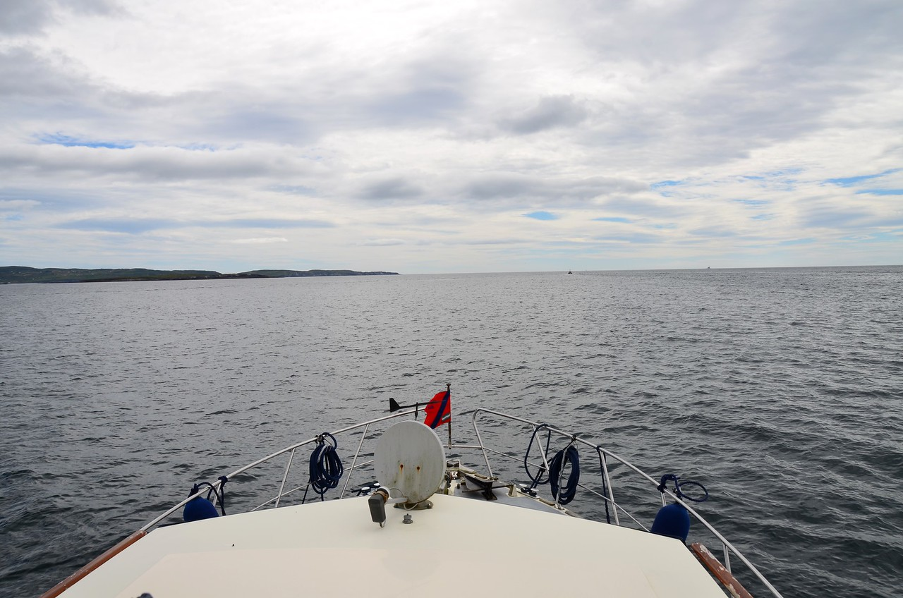 circa 14:40...back on-board and we decided to see could we passage to nearby Clear Island.