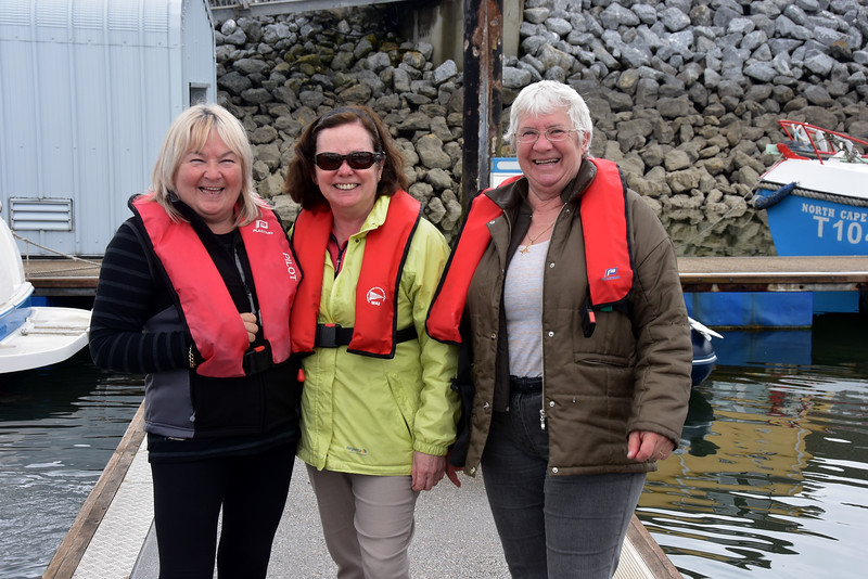 12:28...three happy mates!  Safely berthed in Fenit after a smooth passage from Kilrush.