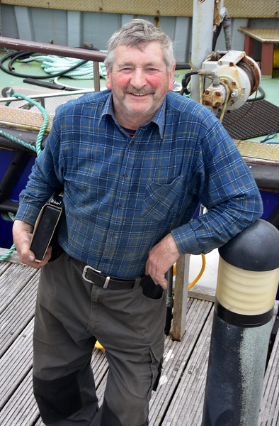 circa 13:20...John Murphy...boat mechanic extraordinaire based on Bere Island.  If anyone can, John Murphy can!