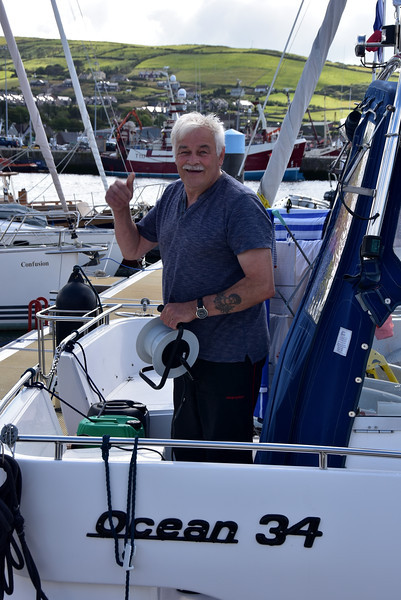 A thumbs-up from Pat who is getting ready for departure from Dingle.