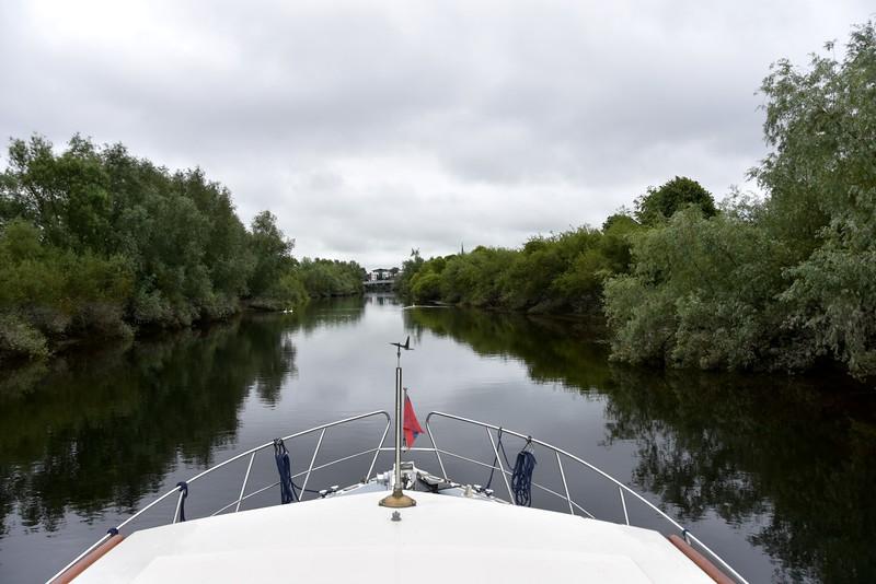"circa 10:50...""Arthur"" about to commence the Limerick City Bridge Run..."