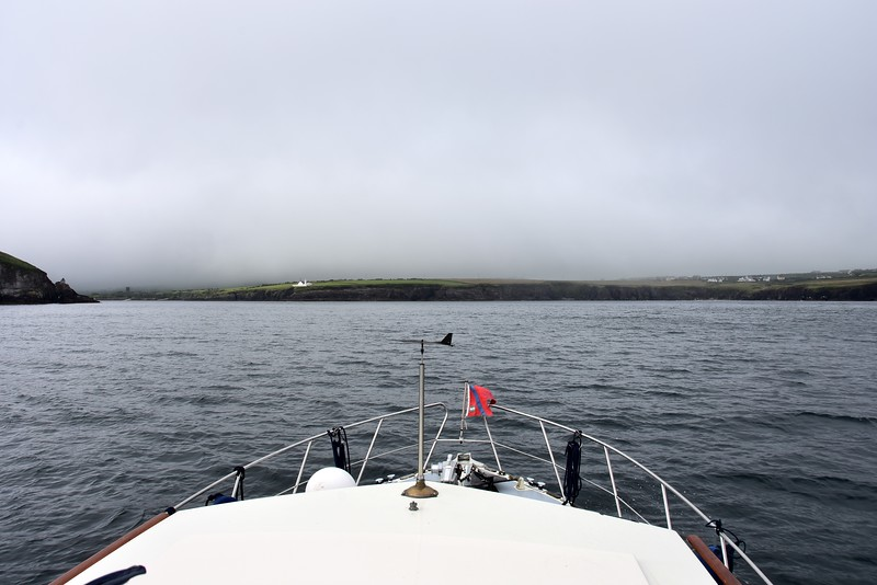 18:40... The approach to the entrance to Dingle Harbour. The fog has almost completely lifted.