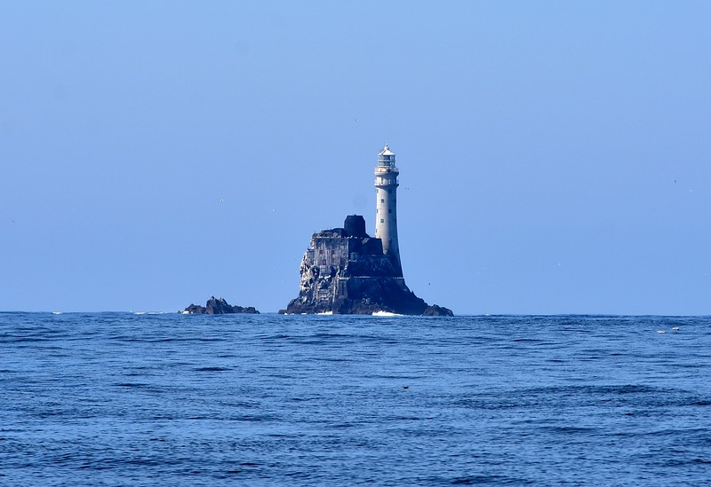 10:56...Fastnet Rock and Lighthouse. We would get closer to it on our return leg!
