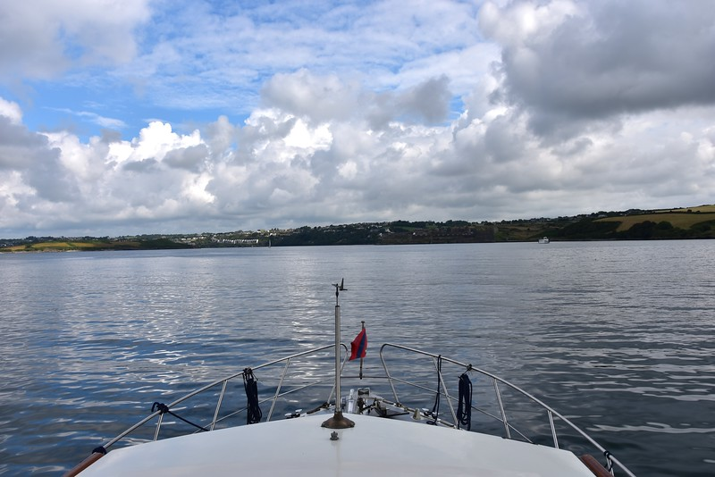 10:18...Entering Kinsale Harbour.