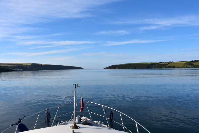 07:57...Approaching the mouth of Kinsale Harbour. What a calm sea state. And such a glorious sky.