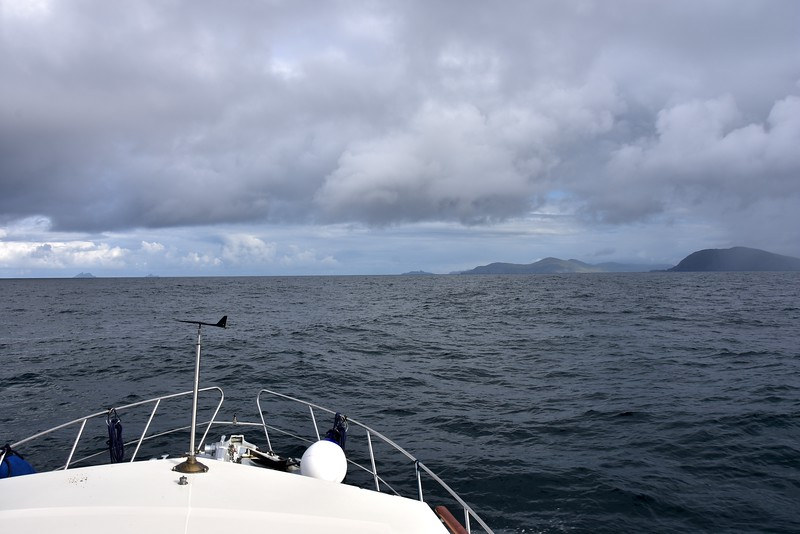 09:11... winds have picked up a little but still as per forecast. Windex confirms the westerly direction. We are experiencing a little rolling. Valentia Island in the distance.
