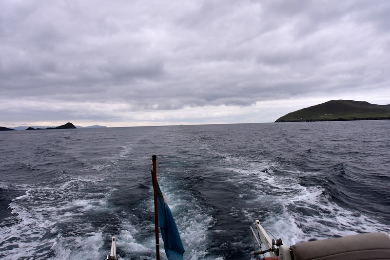 07:47...Looking astern as we exit the Blasket Sound. In the distance, on left, is Valentia Island. And dead centre in distance are The Skellig Islands.