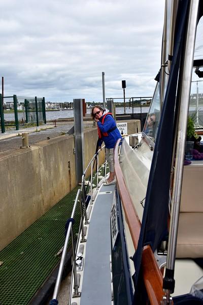 14:27... the relatively new pontoon inside the sea-lock at Kilrush Marina.