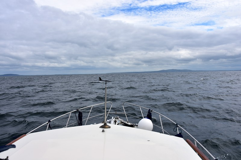 11:59...We rounded Kerry Head circa 11:30 and are now cruising up the Shannon Estuary. The ebb tide is still running and we will have approx. 75 mins of wind against tide. Also, wind has increased, exactly as forecast. But we are on the home run now. That window that we referenced on the two Windguru forecasts (Smerwick and Brandon Bay) came to pass exactly as predicted. Each time this happens my confidence in Windguru rises a notch!