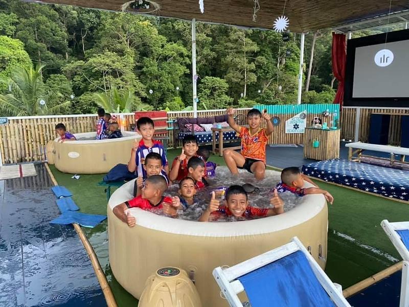 Kids at Retro Mountain