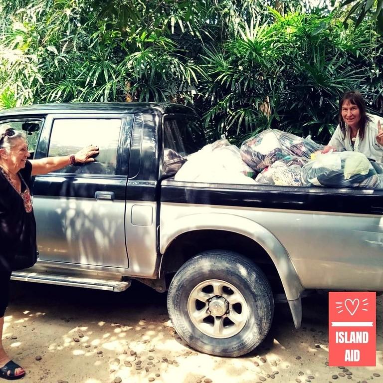 Island Aid Volunteers
