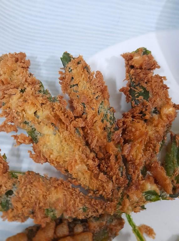 Fried Hemp Leaf