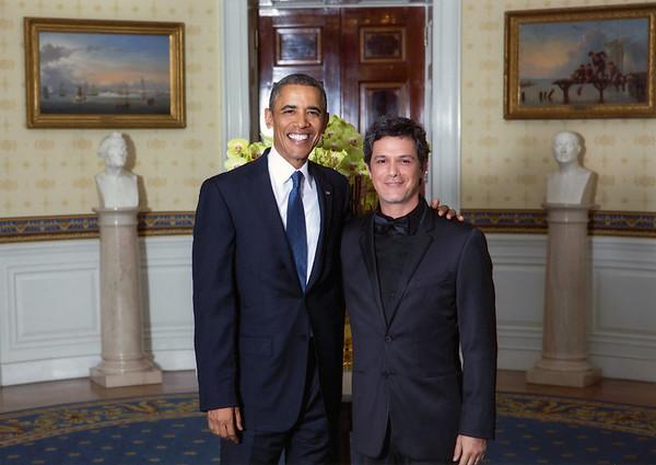 """Obama responde a Alejandro Sanz: """"todos tenemos una parte de responsabilidad en la protección del Ártico"""""""