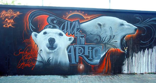 Arte urbano por el Ártico en Barcelona