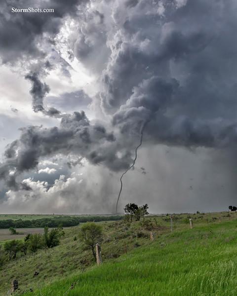 """Tornado """"Rope Out"""" – Waldo, Kansas – May 28, 2019"""