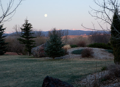 13 Moon going down as the sun comes up at 6 a m