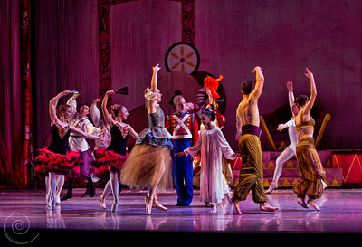 Ballet Wichita 2013 Nutcracker, Act II Intro