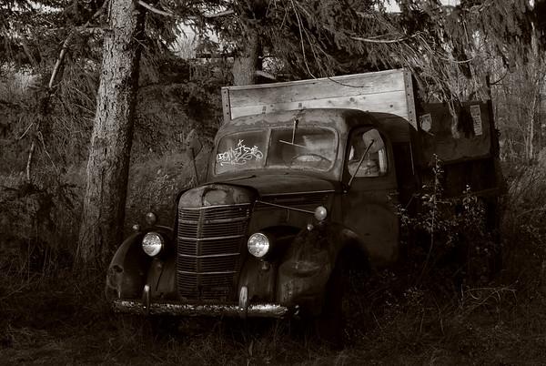 truck (toned)_0409