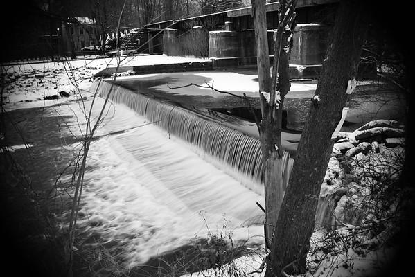 Winter Waterfall–––Belvidere, NJ