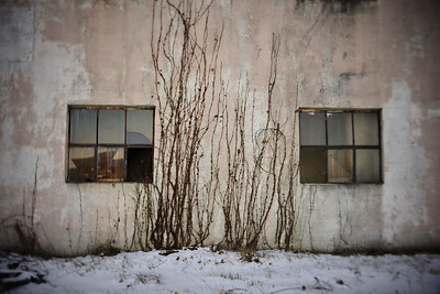 Abandoned Garage---Tamaqua, PA
