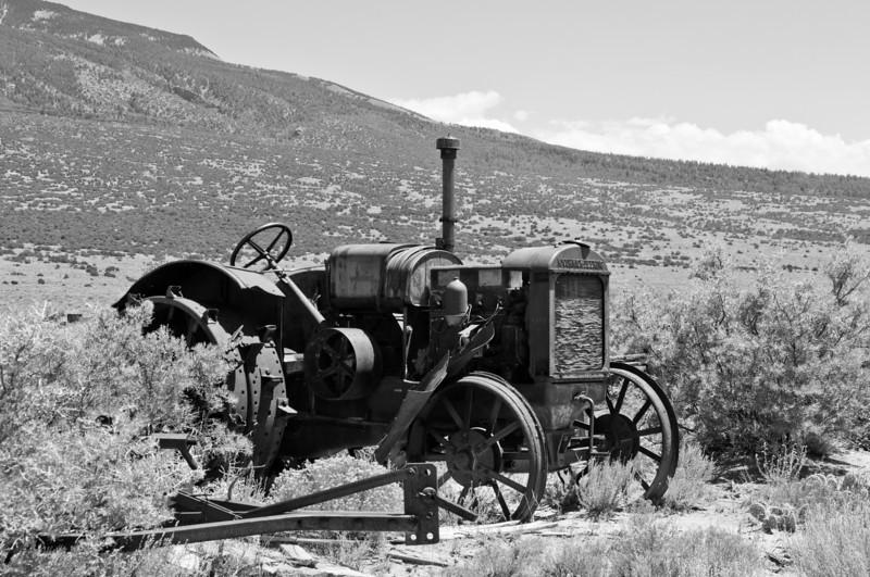 311 - Tractor, San Luis Valley