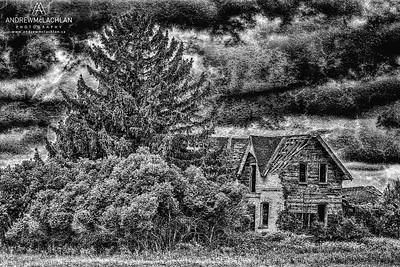 Dilapidated House, Thornton, Ontario, Canada